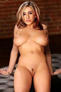 nudity911.com