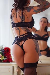 Amazing Tattooed Glam Lika A