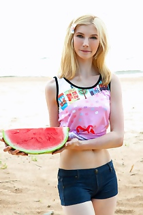 Blonde Water Melon